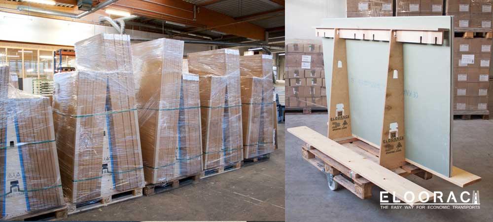 Fertig bepackte und mit Folie eingeschweißte A-Gestelle für den Versand vorbereitet.